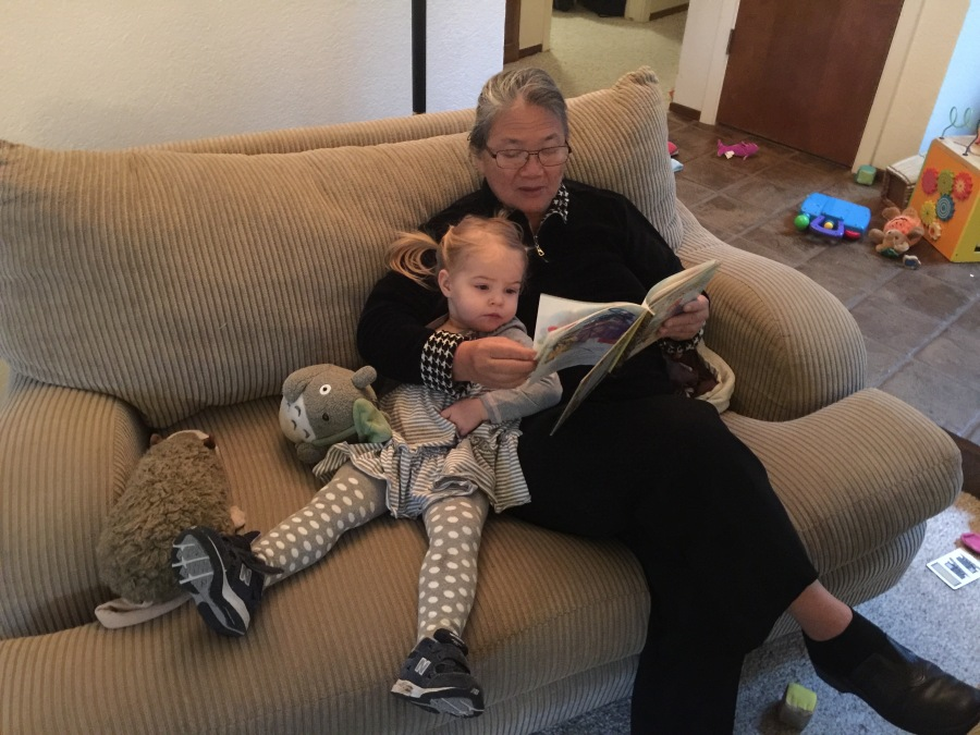 Reading-with-mama